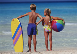 Kids_on_beach