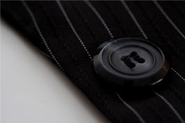 DCH_suit_button